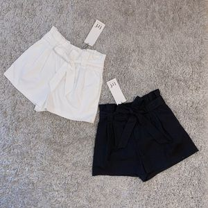 High waist tie paper bag shorts (navy and white)